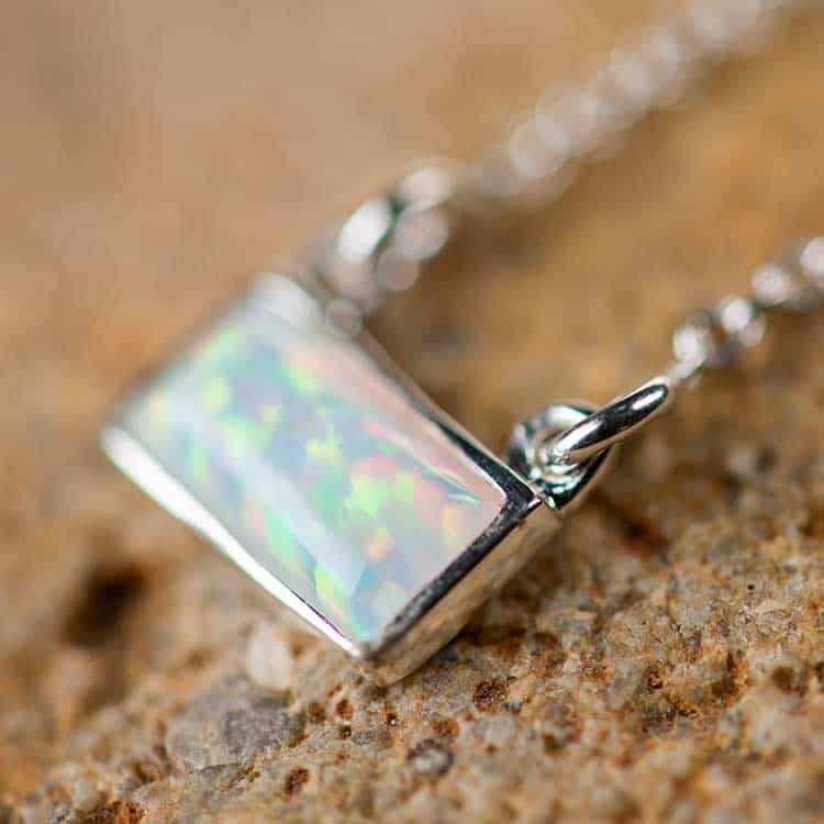 Rectangle white necklace | Opal Mosaic